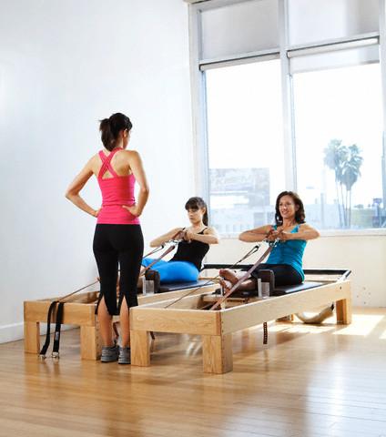 Aula de Pilates contra estresse-ht pilates