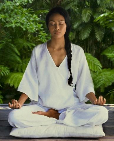 mulher-meditando-respiracao
