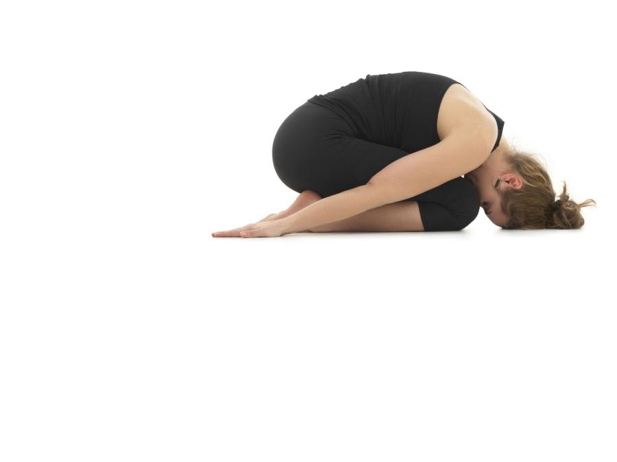 postura da criança- yoga para corredores