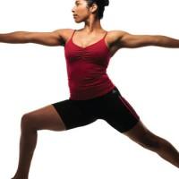 Yoga: Passos para ganhar condicionamento e alongamento de pés e pernas