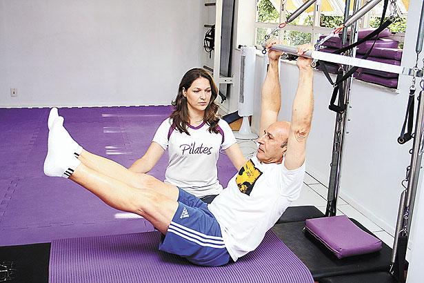 Homem fazendo Pilates - Pilates vem arrebatando o público masculino2