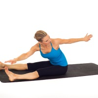 Ganhe flexibilidade com 10 alongamentos do Pilates para fazer em casa
